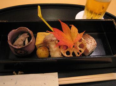 京都・仁和寺にて西洋と東洋の美のコラボ。文化的充実で豊かな気分。