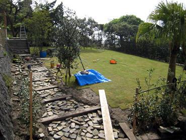 下田での庭作り!!