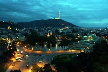 グルジアのトビリシ! かなり天国な街。