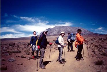 何故かアフリカ最高峰・キリマンジャロ。