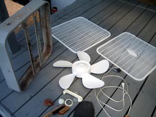 アメリカ製・窓のファン(扇風機)