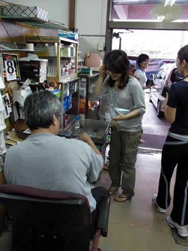 """""""あうん""""の呼吸は~沖縄・史山ストアのジューシーオニギリ。"""