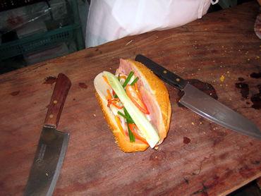 """ベトナム""""皿まで舐めたい店"""" バインミー(ベトナムサンドイッチ)が食いたい。もう一度食いたい!"""