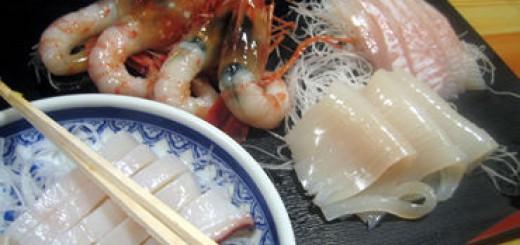 """小樽の""""一心太助""""の良心! """"焼き加減ミディアムレアーの北海鮭のハラス白ご飯お湯スープかけ"""""""